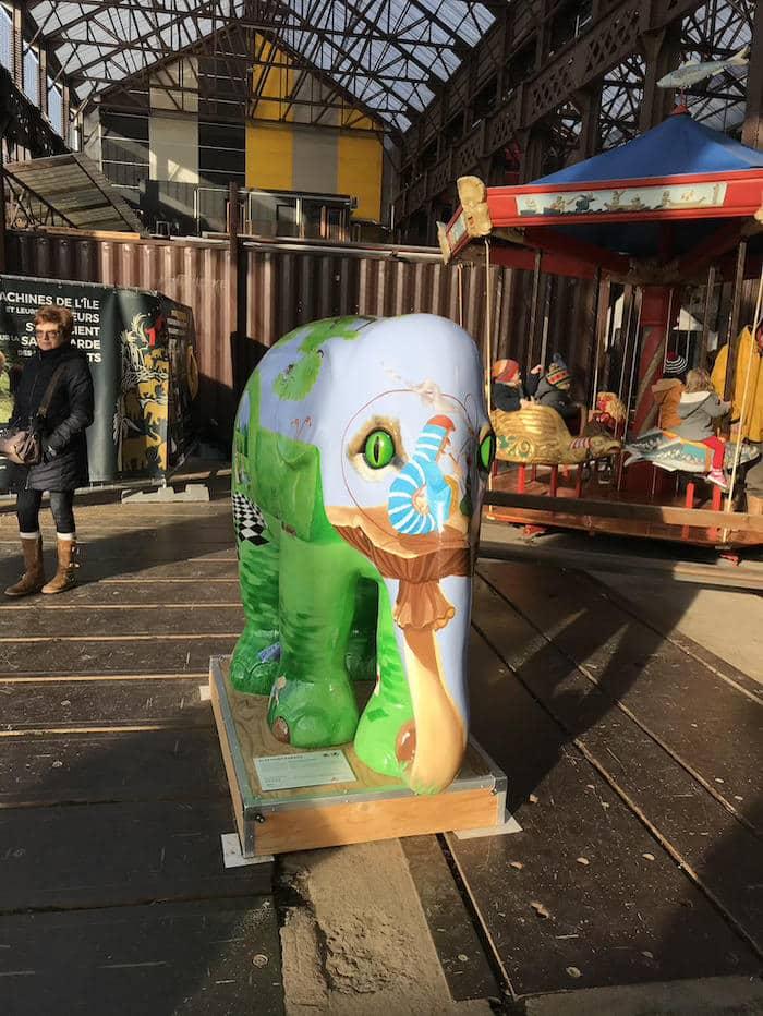 elephant-machine-ile-parade-noel-alice-pays-merveille